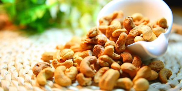 Cashew Nut Suppliers and Production